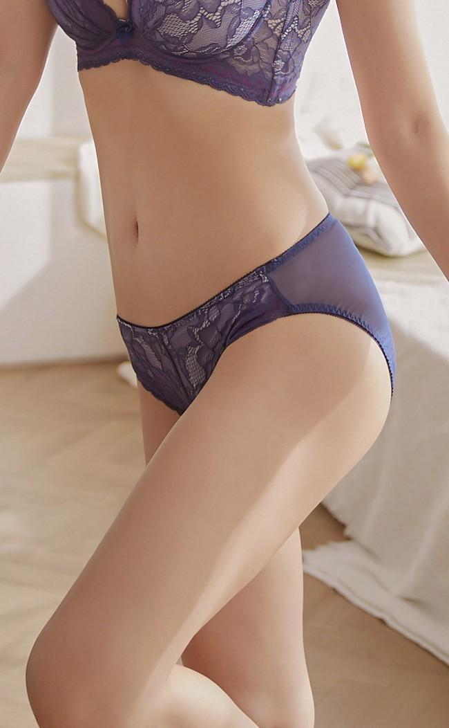 藍海秘境 機能包臀蕾絲內褲 M-XL Anymore - 藍色