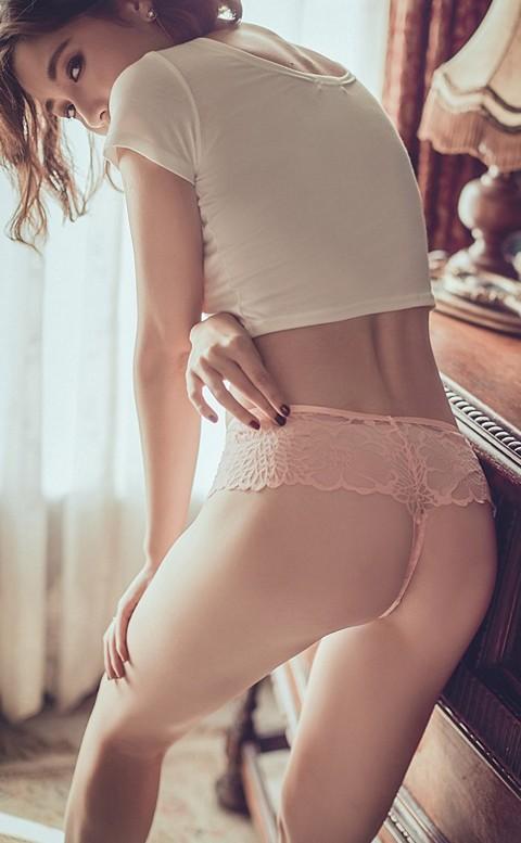 天生玩家 性感透膚蕾絲丁字褲 M-L anSubRosa - 粉色