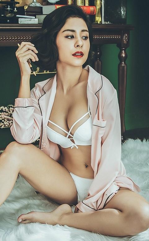幸福帷幕 優雅絲滑緞面長版睡衣 M-L anSubRosa - 粉色