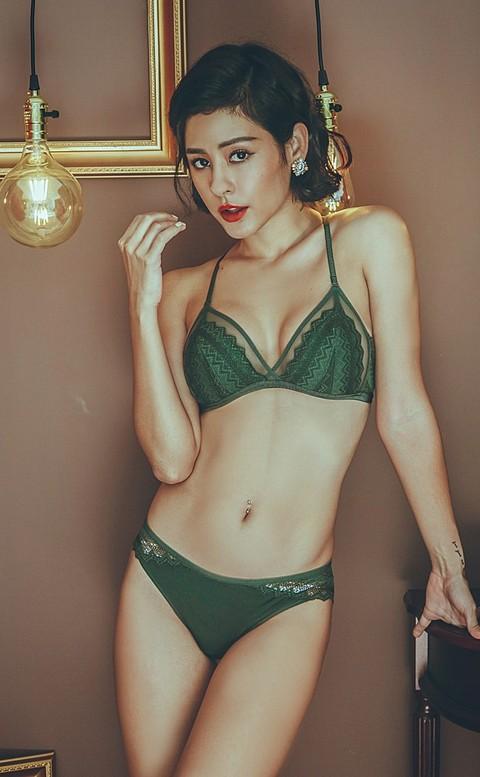 華麗焦點 美背蕾絲薄襯成套內衣褲 S-L anSubRosa - 墨綠