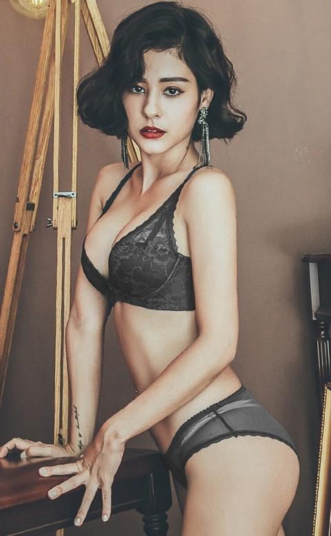 香格里拉 優雅蕾絲無鋼圈成套內衣褲 A-C anSubRosa - 黑色