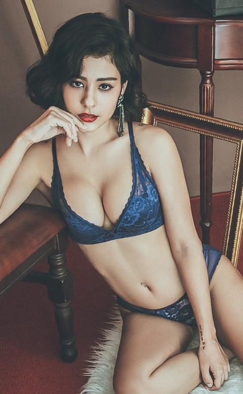 香格里拉 優雅蕾絲無鋼圈成套內衣褲 A-C anSubRosa - 藍色