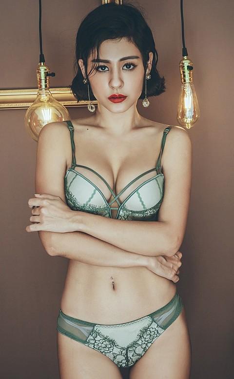 水漾情緣 俏麗爆乳無鋼圈成套內衣褲 B-C anSubRosa - 綠色