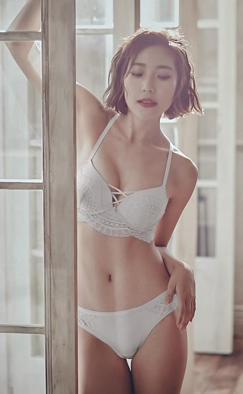 傾城薄暮 性感蕾絲美背成套內衣褲 A-C anSubRosa - 白色
