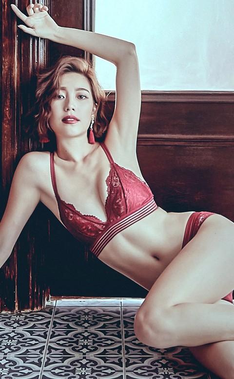 華麗冒險 法式無襯美背成套內衣褲 B-C anSubRosa - 紅色