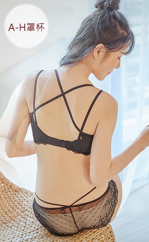 瑪莉戀愛中 美背蕾絲內衣褲 XS-3XL nalla - 黑色