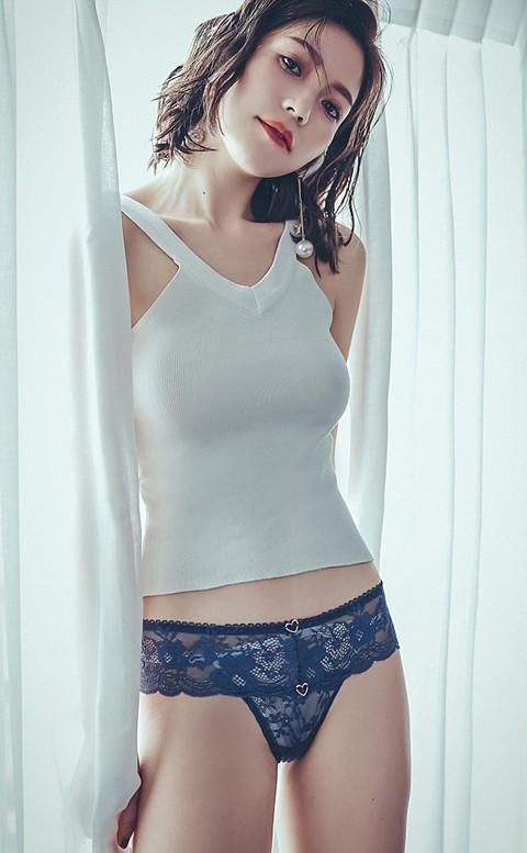 危險密碼 蕾絲寬版丁字褲 M-L anSubRosa - 藍色