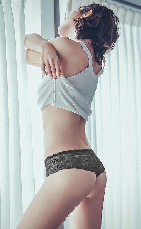 危險密碼 蕾絲寬版丁字褲 M-L anSubRosa - 黑色