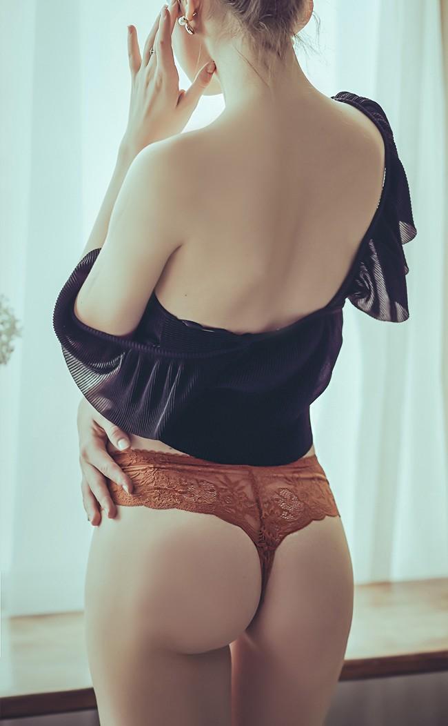 危險密碼 蕾絲寬版丁字褲 M-L anSubRosa - 棕色