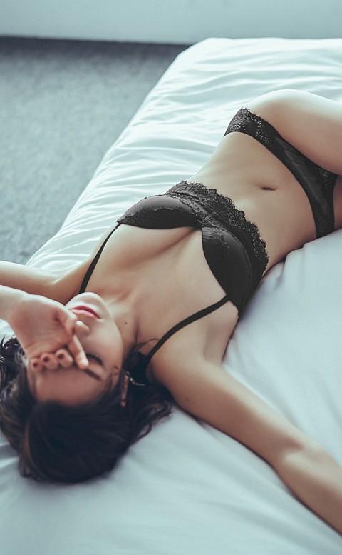 高雅紫羅蘭 蕾絲成套內衣褲  A-C anSubRosa - 黑色
