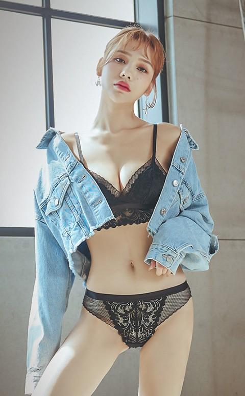 第一杯特調 蕾絲薄襯內衣褲 S-XL anSubRosa - 黑色