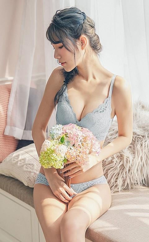 浪漫的口吻 蕾絲無鋼圈內衣褲  B-C nalla - 藍色