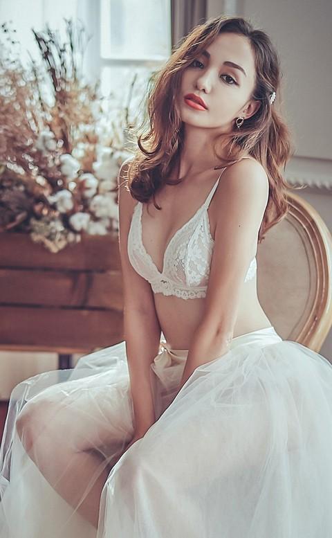 法式裸妝 法式蕾絲無襯成套內衣褲 S-XL anSubRosa - 白色