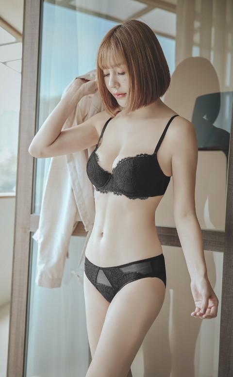 刺蝟的優雅 均薄杯J鋼圈內衣褲 A-E anSubRosa - 黑色