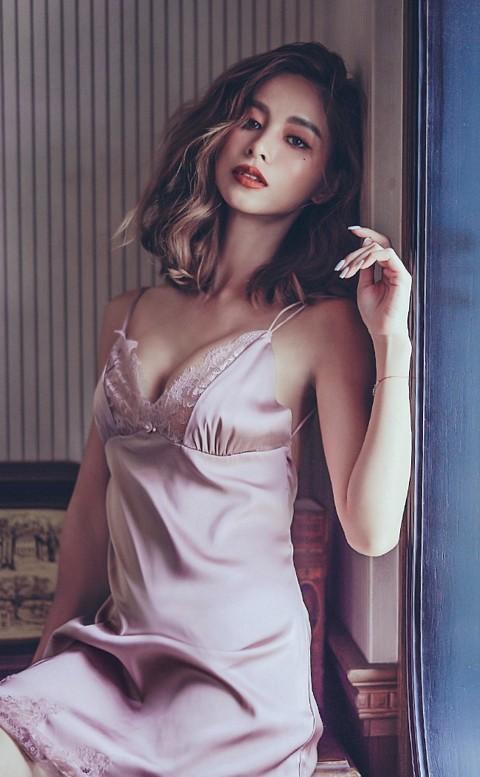 維納斯之吻 睫毛蕾絲緞面睡衣 M-L anSubRosa - 粉色