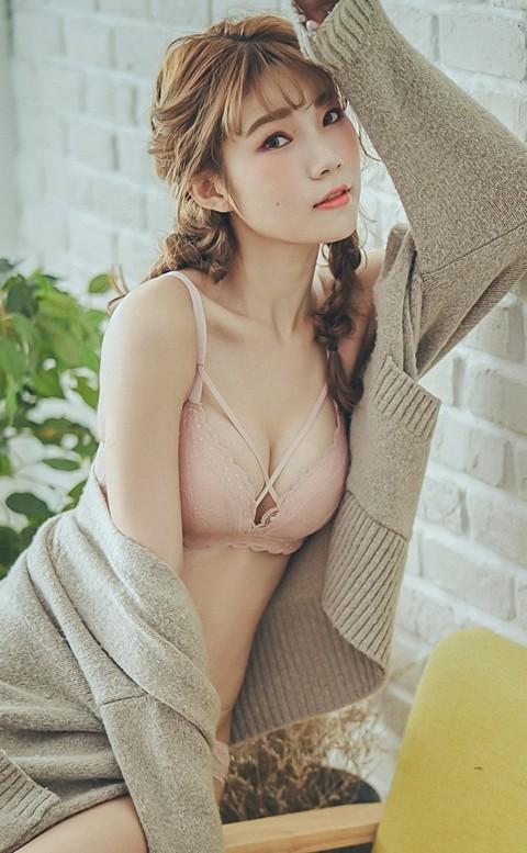 率真的浪漫 蕾絲交叉無鋼圈內衣褲 S-XL nalla - 粉色