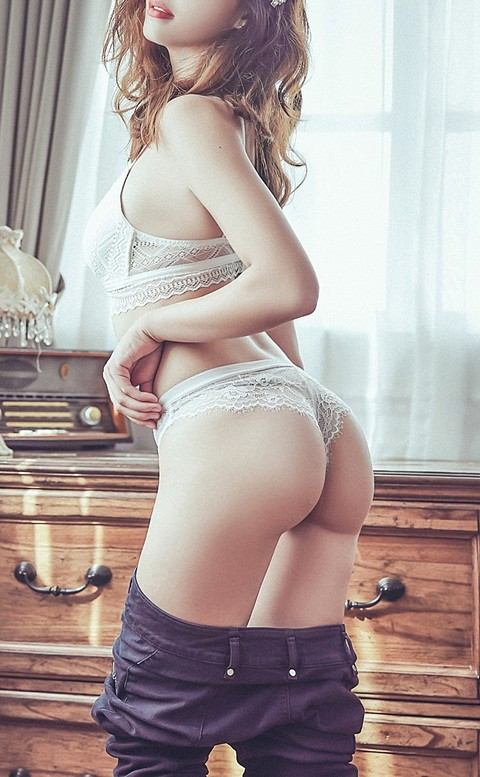 手風琴樂者 睫毛蕾絲性感丁字褲 S-XL anSubRosa - 白色