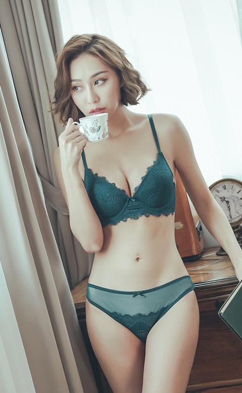 豢養浪漫 睫毛蕾絲成套內衣褲 A-C anSubRosa - 藍綠