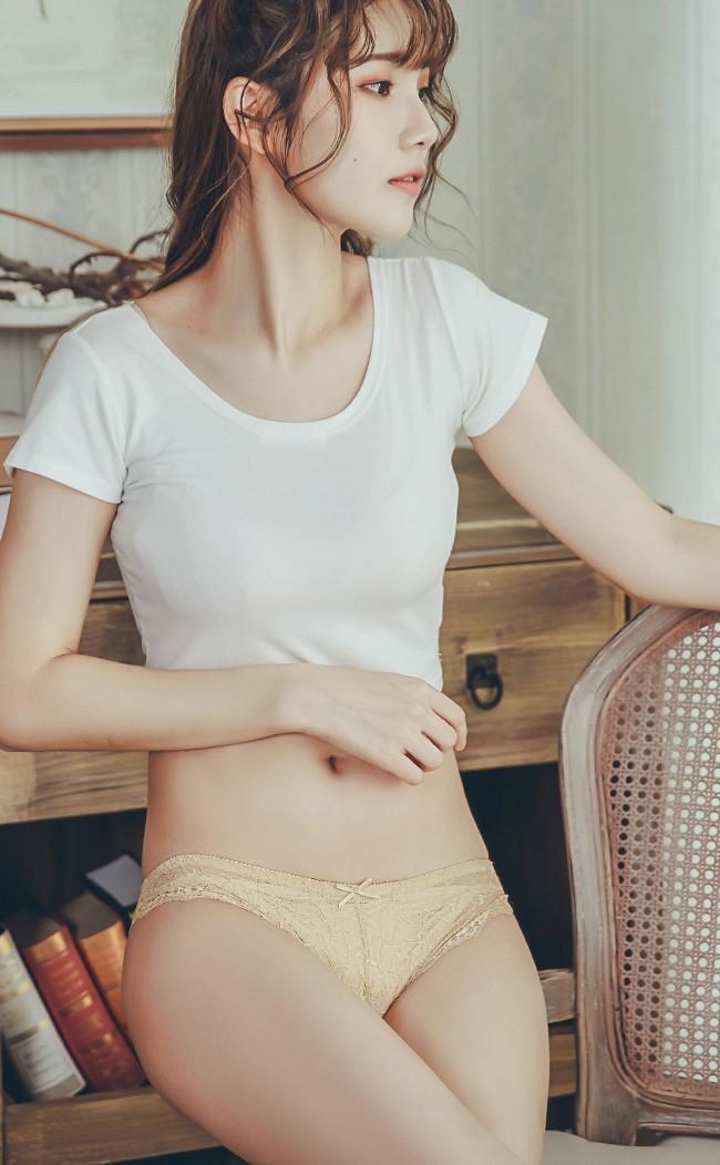 彩虹千層 透膚蕾絲低腰內褲 S-XL nalla - 膚色