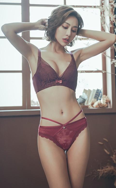 日出龍舌蘭 交叉性感蕾絲丁字褲 M-L anSubRosa - 紅色