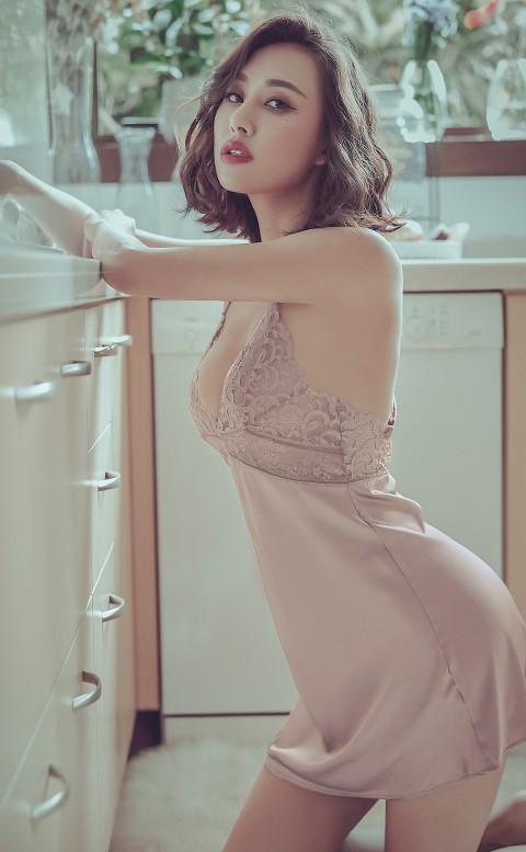 响午沃荷 無襯美背緞面連身睡衣 M-L anSubRosa - 粉色