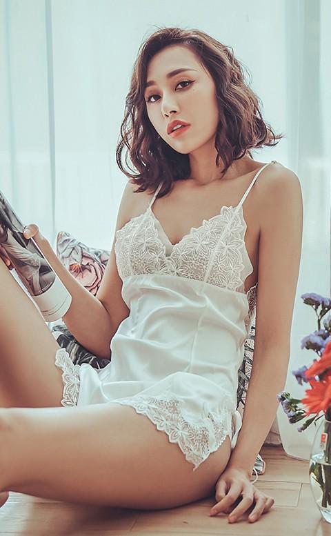 靜謐午夜 無襯美背蕾絲連身睡衣 M-L anSubRosa - 白色