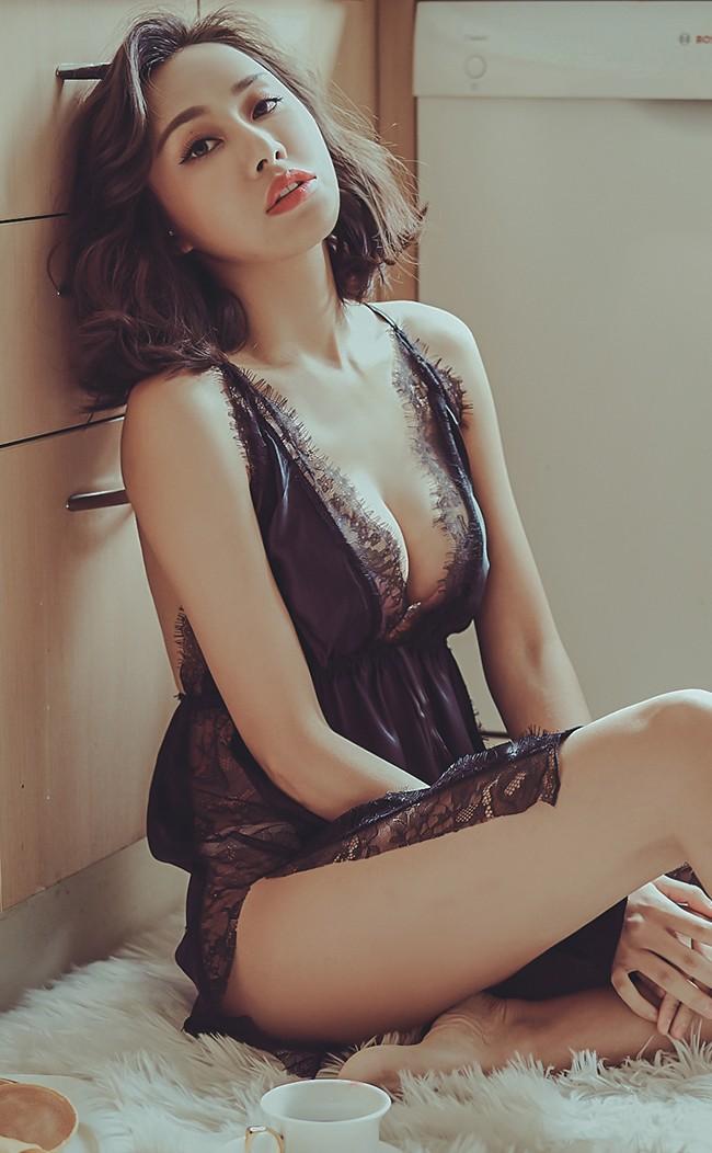 狂歡之夜 睫毛蕾絲緞面睡衣 FREE anSubRosa - 黑色
