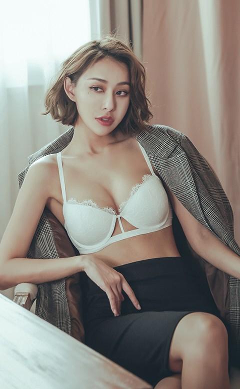 桑格利亞 蕾絲半罩成套內衣褲 A-D anSubRosa - 白色