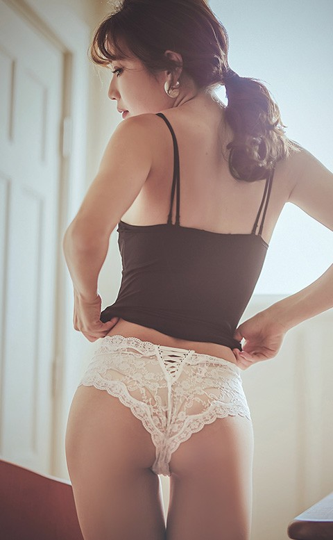 迷情花境 花朵蕾絲低腰內褲 M-L anSubRosa - 潔淨白