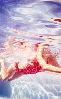 熱力四射纖腰連身泳衣 M-XL AINIA - 紅色
