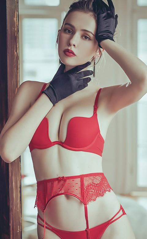 男友最愛 性感W型無痕罩杯內衣褲 B-D anSubRosa - 紅色
