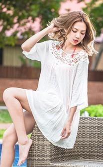 鏤空蕾絲 大人風優雅單品罩衫 FREE AINIA - 白色