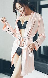 夜后曼莎 高級緞面質感長版睡袍 FREE anSubRosa - 粉紅