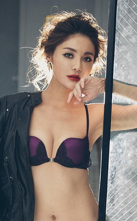 華麗典藏 女王性感美背L型前扣內衣 B-F anSubRosa - 紫色