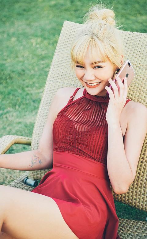 仲夏情人 透紗挖肩式連身泳衣 M-XL AINIA - 紅色