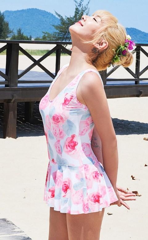 薔薇泡泡 顯瘦罩杯連身泳衣 S-XL AINIA - 粉色