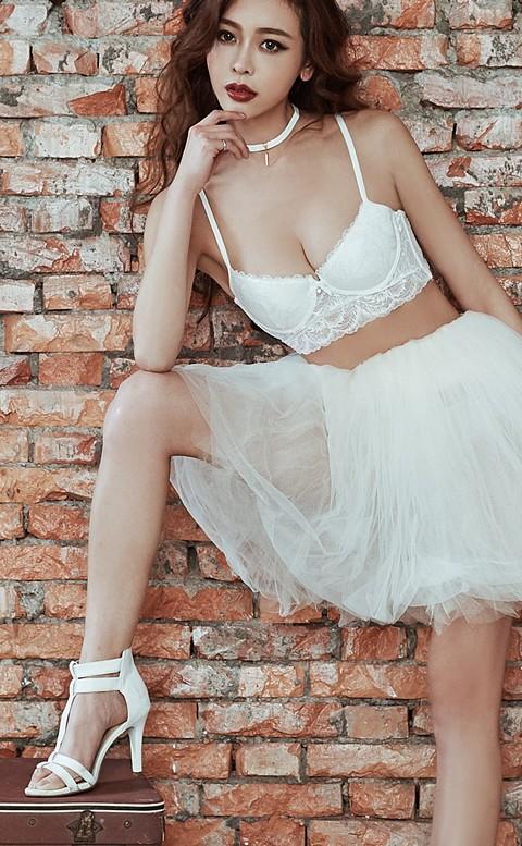 爵美女伶 性感蕾絲成套內衣褲 A-C anSubRosa - 白色