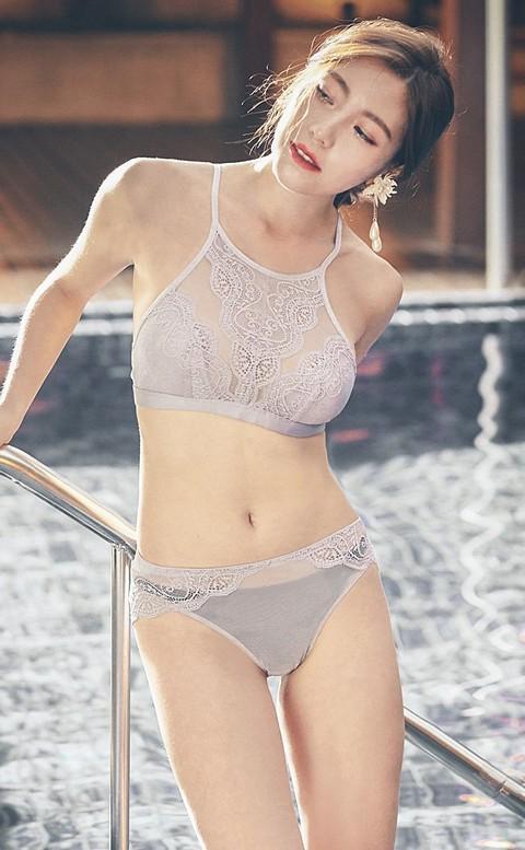 曖昧巴黎 蕾絲高領無襯成套內衣褲 S-XL anSubRosa - 灰色