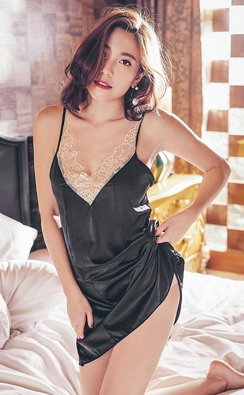 迷情午夜 緞面睫毛蕾絲綁帶成套睡衣 FREE anSubRosa - 黑色