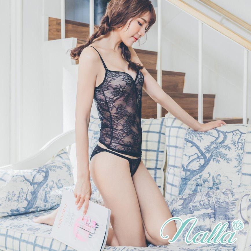 迷幻花園 高衩蕾絲蜜桃臀內褲 M-XL nalla,蕾絲,蜜桃臀,透氣,低腰,