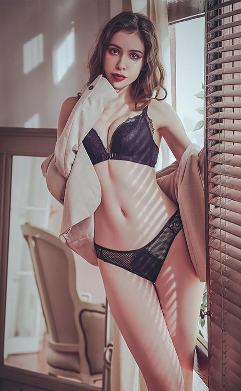 交織情綿 歐系蕾絲中腰內褲 S-XL anSubRosa - 黑色