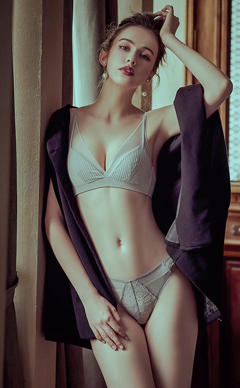 交織情綿 歐系蕾絲中腰內褲 S-XL anSubRosa - 灰色