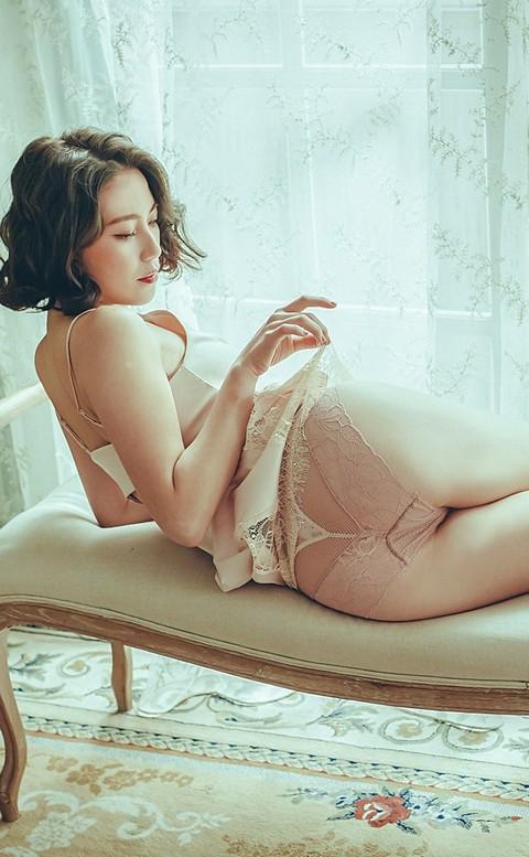 交織情綿 歐系蕾絲中腰內褲 S-XL anSubRosa - 藕色