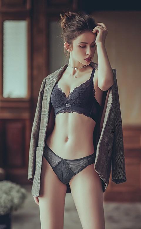 交織情綿 歐系蕾絲中腰內褲 S-XL anSubRosa - 深灰
