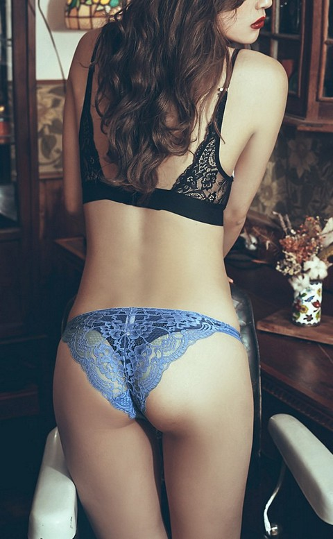 高調旋律 高衩蜜桃臀蕾絲內褲 S-XL anSubRosa - 藍色