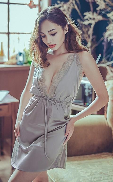 獨佔思念 緞面睫毛蕾絲連身睡衣 M-L anSubRosa - 灰色