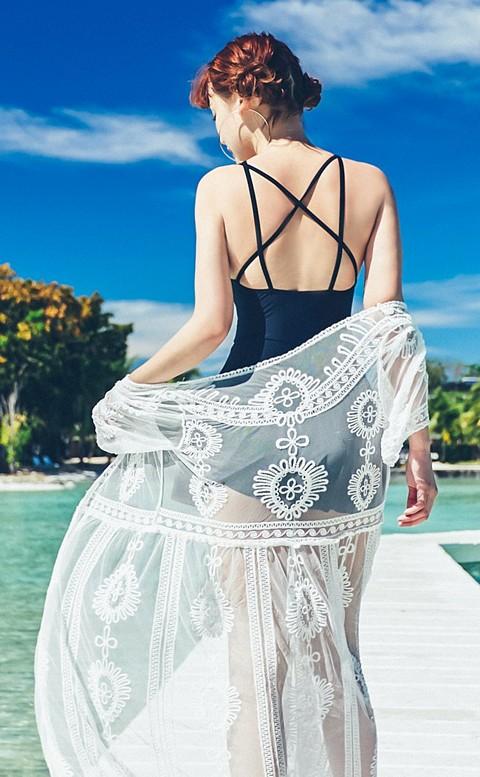 漫波女神 純白花卉刺繡罩衫 FREE AINIA - 白色