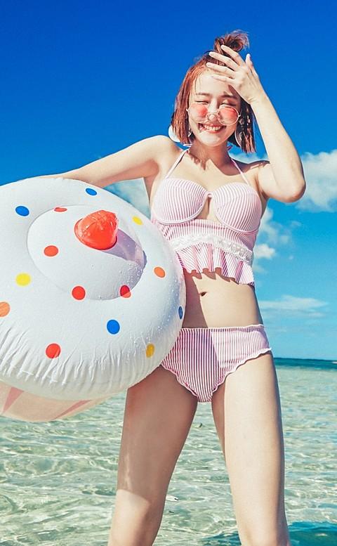 向陽晨花 綁帶美背條紋兩件式泳衣 S-XL AINIA - 粉色