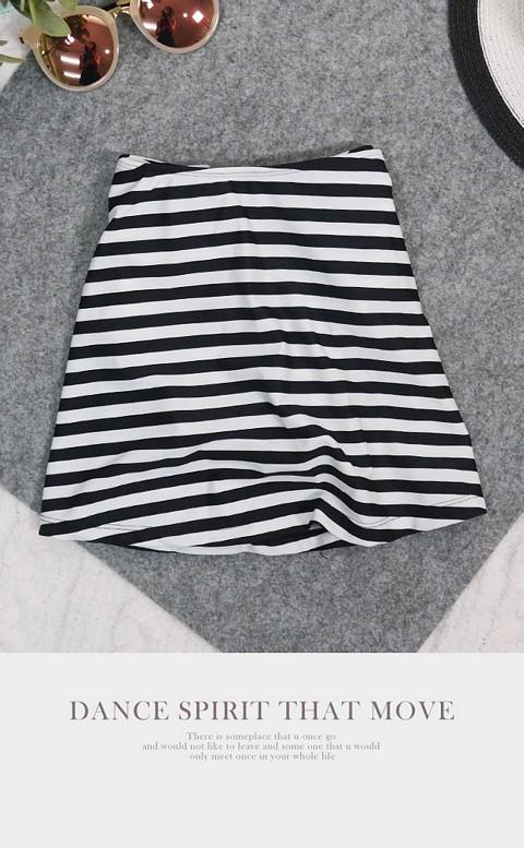 青春態度 經典百搭泳褲裙 S-3XL AINIA - 黑白條紋