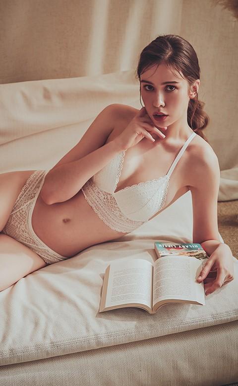 荊棘蜜雪 蕾絲無鋼圈成套內衣褲 A-C anSubRosa - 白色